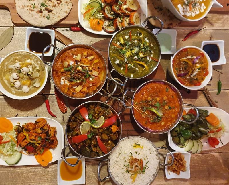 UIT INDIA menuboxen